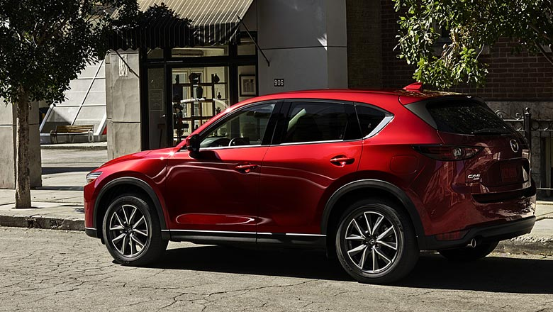 Mazda CX‑5 2019 вид сбоку
