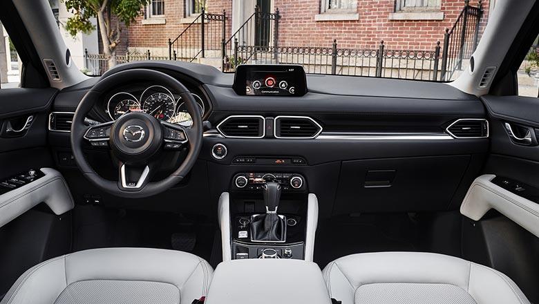 Mazda CX‑5 2019 интерьер